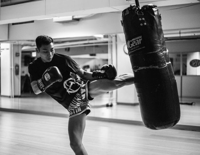muay-thai-bag-kick