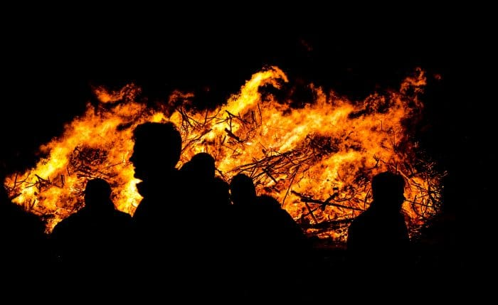 people-night-fire-hot-66398