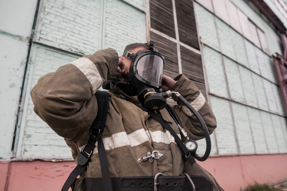 Oxygen,Mask,,Gas,Mask,,Firefighters,Mask,Of,Firefighters.,Been,Through